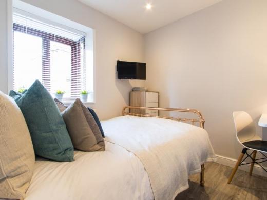 Flat 7, Victoria Court Mews Leeds Student House Bedroom