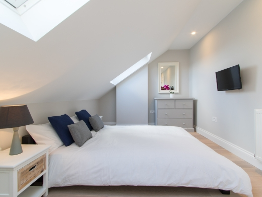 64 Julian Avenue 6 Bedroom London Student House Bedroom 3