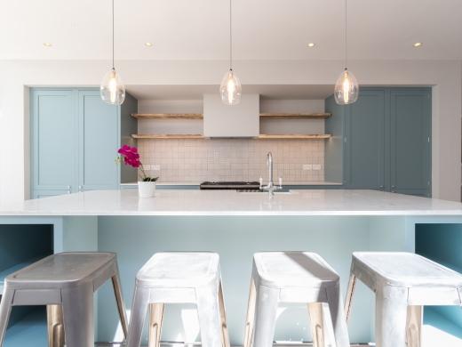 64 Julian Avenue 6 Bedroom London Student House Kitchen