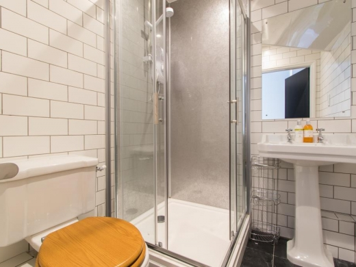 65 Fulford Road York Student House Bathroom