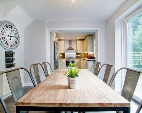 17 Laburnum Avenue Durham Student House Dining Room