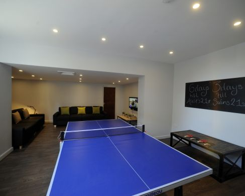 1 Iddesleigh Road 6 Bedroom Exeter Student House Ping Pong Table 2