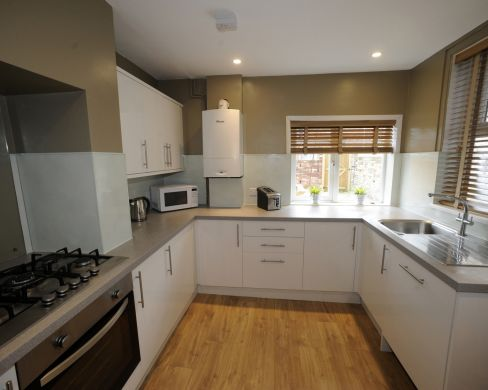 13 Mowbray Avenue 5 Bedroom Exeter Student House Kitchen