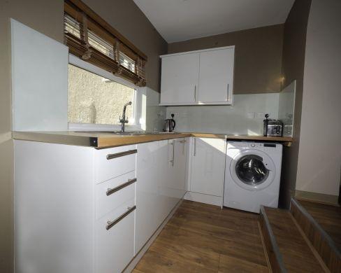 16 Victoria Street 5 Bedroom Exeter Student House Kitchen 2