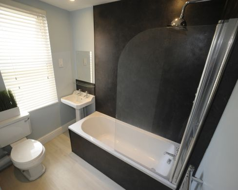 2 Old Park Road 5 Bedroom Exeter Student House Bathroom 2