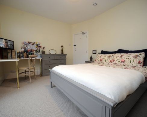 2 Old Park Road 5 Bedroom Exeter Student House Bedroom 1