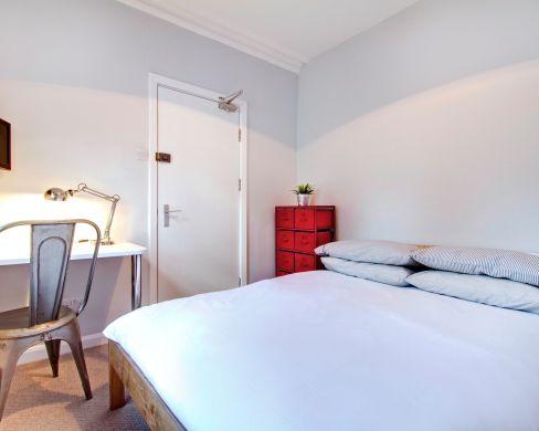1 May Street 6 Bedroom Durham Student House Bedroom 7
