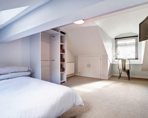 1 May Street 6 Bedroom Durham Student House Bedroom 9