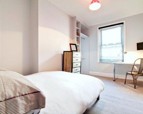 1 May Street 6 Bedroom Durham Student House Bedroom 4