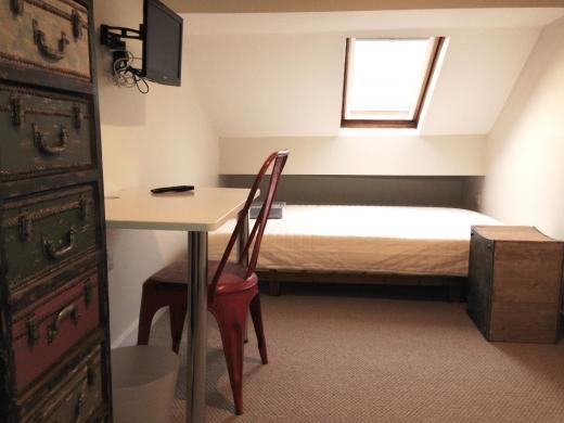 34 Sutton Street 6 Bedroom Durham Student House Bedroom 1