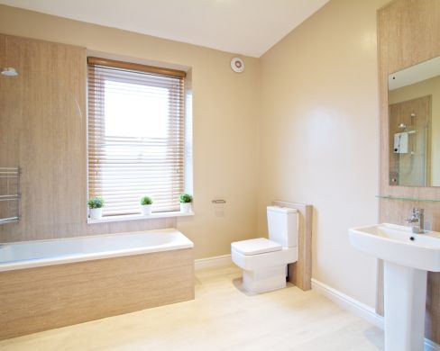 6 Sutton Street 4 Bedroom Durham Student House Bathroom