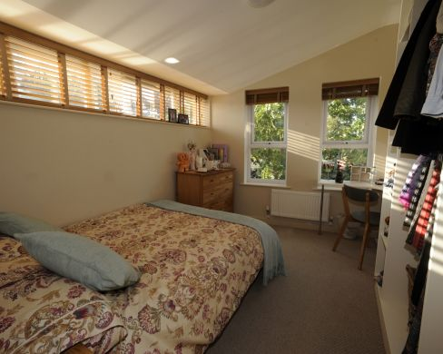 2 St Clements Lane 4 Bedroom Exeter Student House Bedroom 1