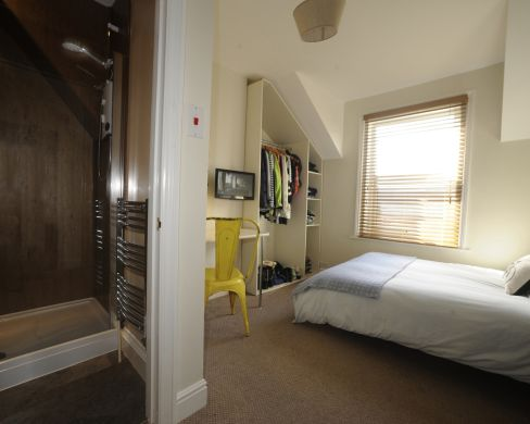 21 Mount Pleasant Road 6 Bedroom Exeter Student House Bedroom