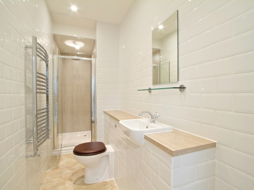 271 Smithdown Road 7 Bedroom Liverpool Student House Bathroom 1