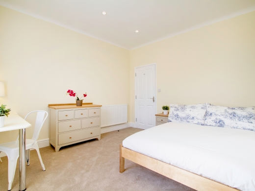 271 Smithdown Road 7 Bedroom Liverpool Student House bedroom 8