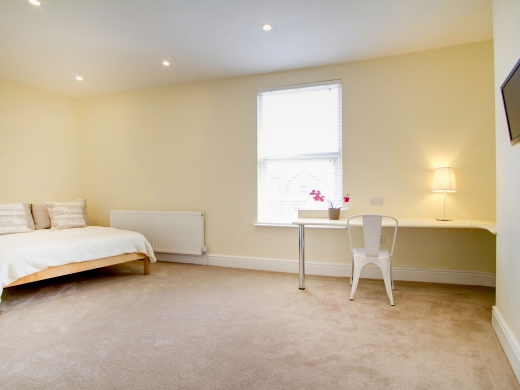271 Smithdown Road 7 Bedroom Liverpool Student House bedroom 11