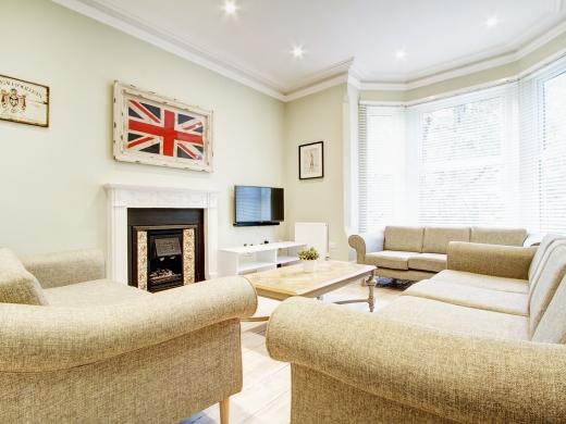 26 Waterloo Road 10 Bedroom Nottingham Student House Livingroom
