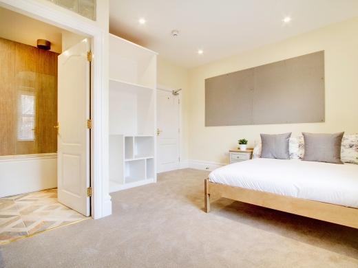 26 Waterloo Road 10 Bedroom Nottingham Student House Bedroom 3