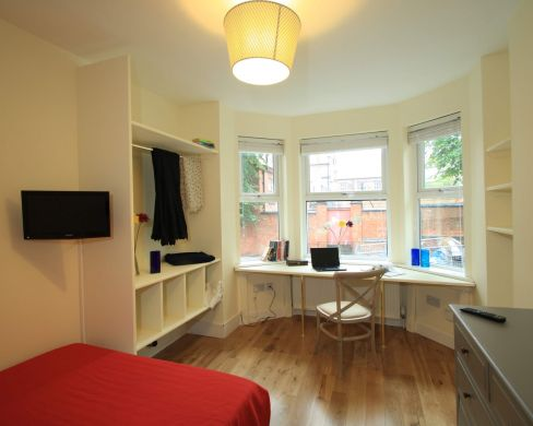 41 Douglas Road 7 Bedroom Nottingham Student House bedroom 1