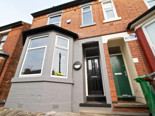 76 Kimbolton Avenue 6 Bedroom Nottingham Student House exterior shot