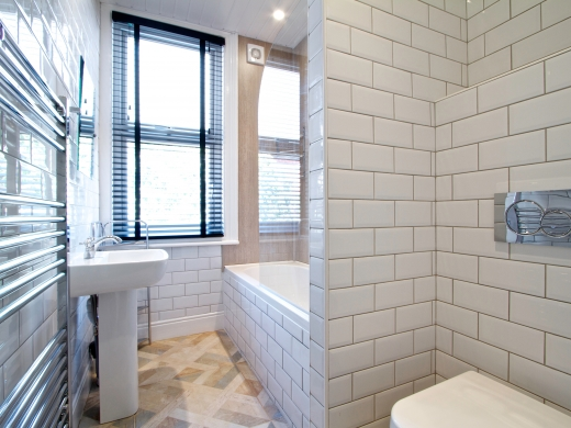 13 Cawdor Road 6 Bedroom Manchester Student House Bathroom