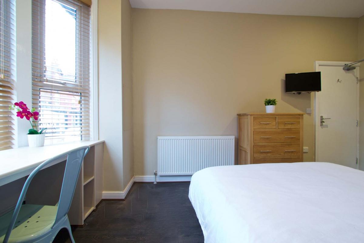 35 Hessle View, Leeds
