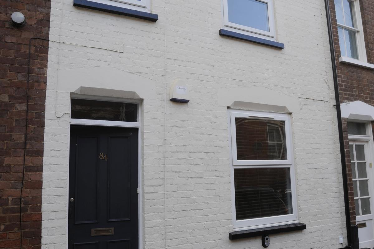 84 Victoria Street, Exeter