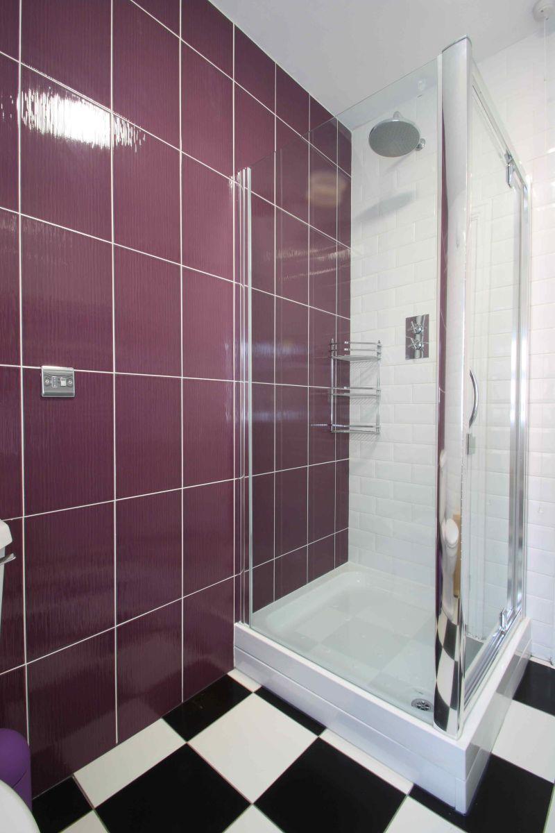 17YR Shower Room