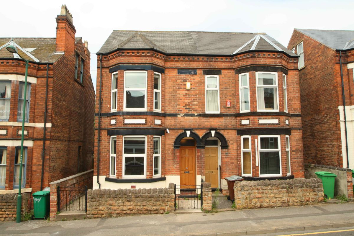 42 Johnson Road, Nottingham