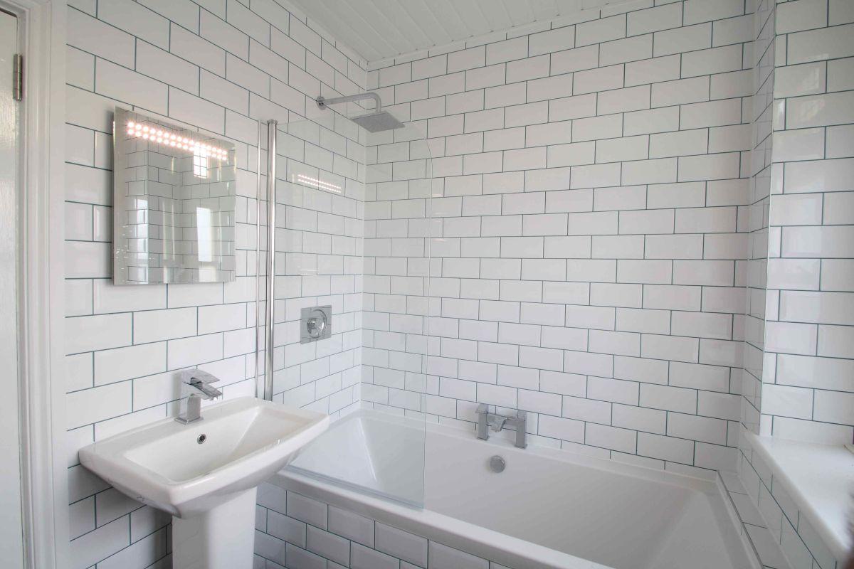 70WS Bathroom