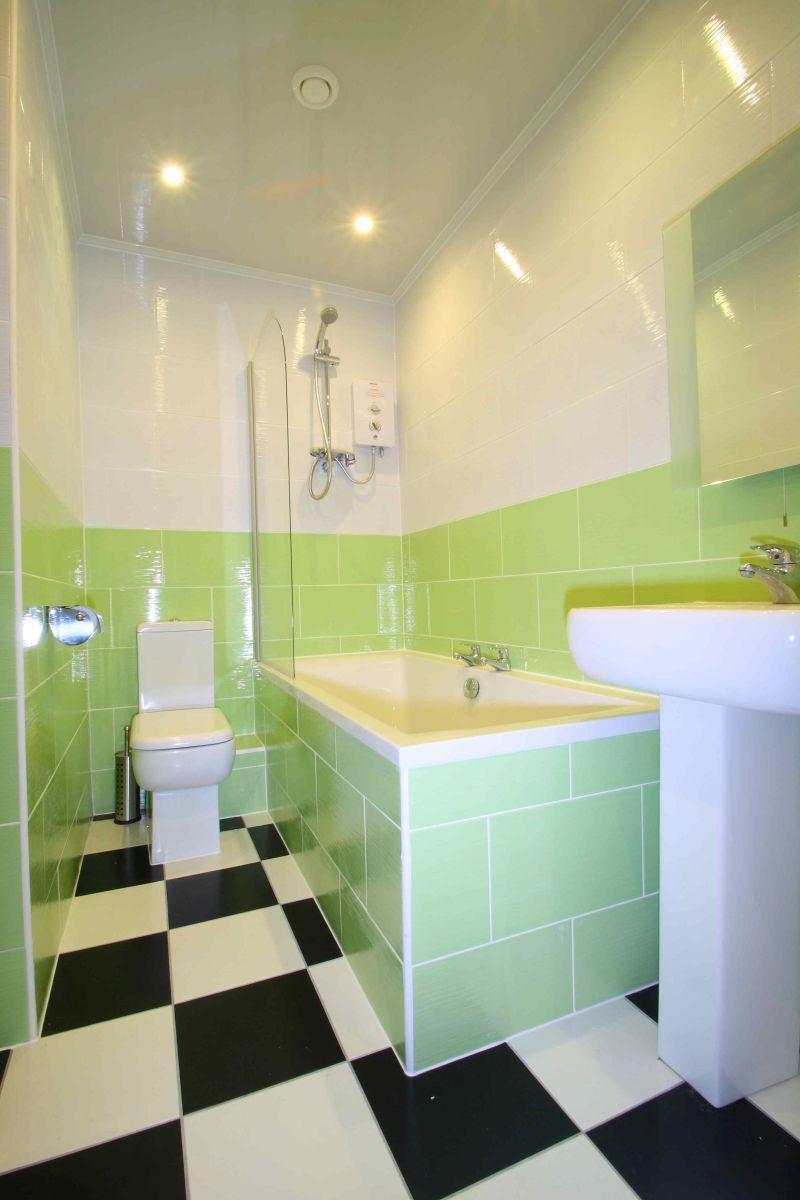 flat 2 17 ladybarn road 6 bedroom manchester student. Black Bedroom Furniture Sets. Home Design Ideas