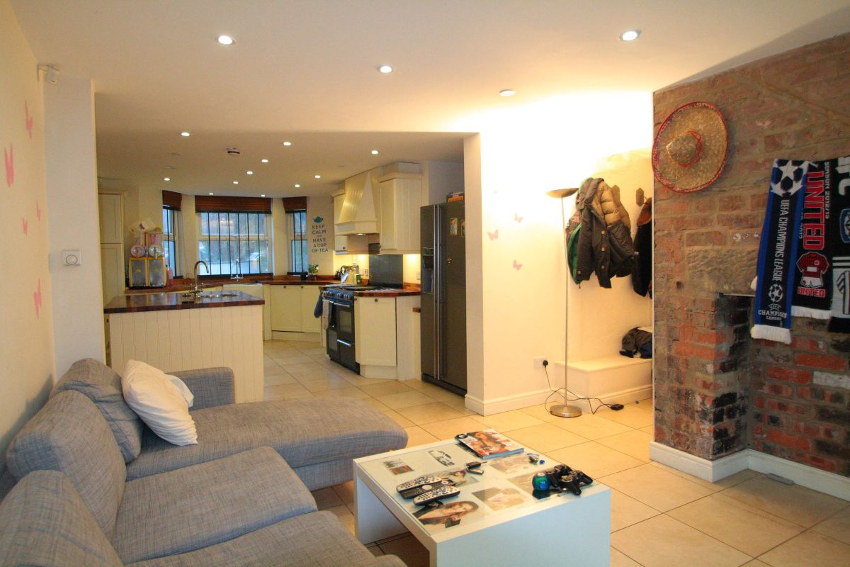 19 Kensington Terrace, Leeds