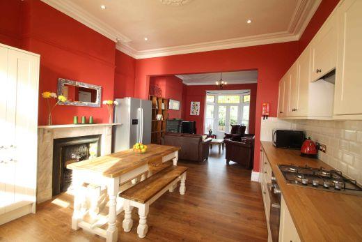 63 Waverley Road Redland Student House Dining Room