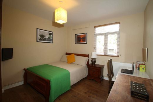63 Waverley Road Redland Student House Bedroom