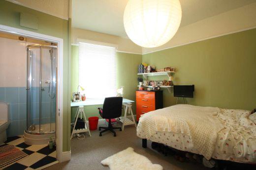 33 Fishergate 10 Bedroom York Student House bedroom 4