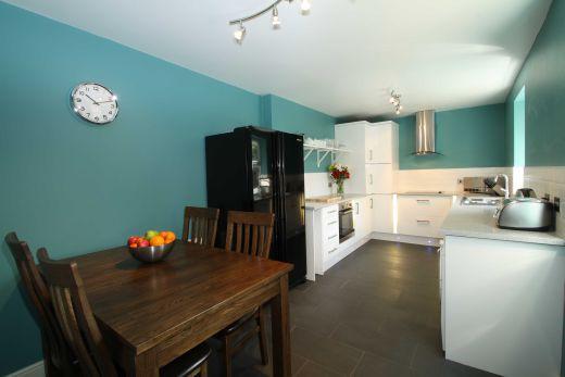 25 Dunlop Avenue 5 Bedroom Nottingham Student House Dining Room