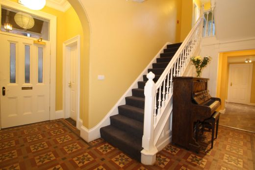 67a Cromwell Street 10 Bedroom Nottingham Student House stairs