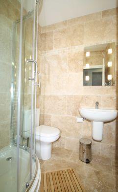 62 Lenton Boulevard 6 Bedroom Nottingham Student House Bathroom 3