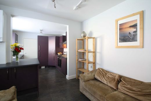 24 Kimbolton Avenue 6 Bedroom Nottingham Student House Living room
