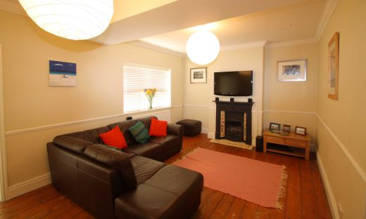 53 Purley Road Cirencester Student House Living Room