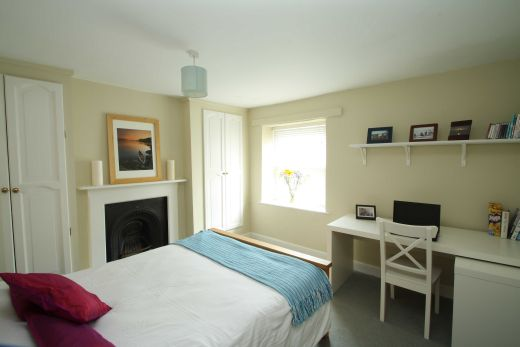 8 Prospect Place Cirencester Student House Bedroom 1