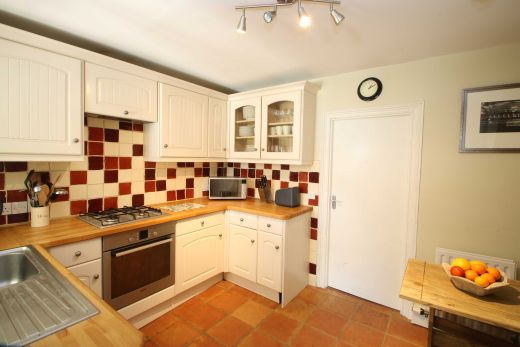 8 Prospect Place Cirencester Student House Kitchen 2