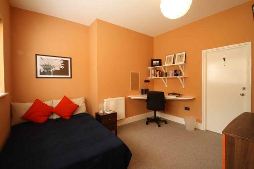 Waverley Street 4 Bedroom Nottingham Student House bedroom 4