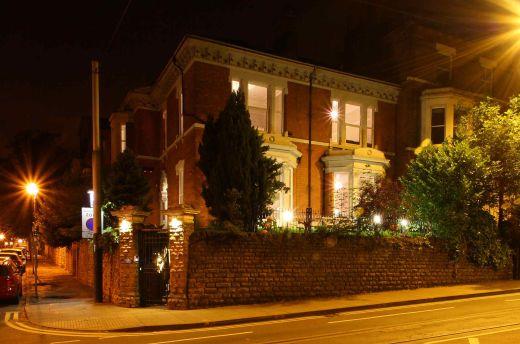 Waverley Street 4 Bedroom Nottingham Student House Exterior