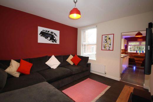 78 Rothesay Avenue 5 Bedroom Nottingham Student House Living room