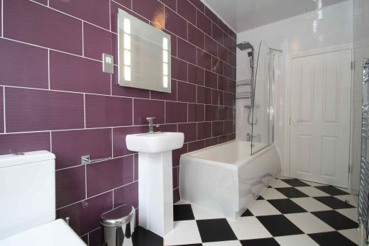 6 Buckingham Mount 6 Bedroom Leeds Student House Bathroom 1
