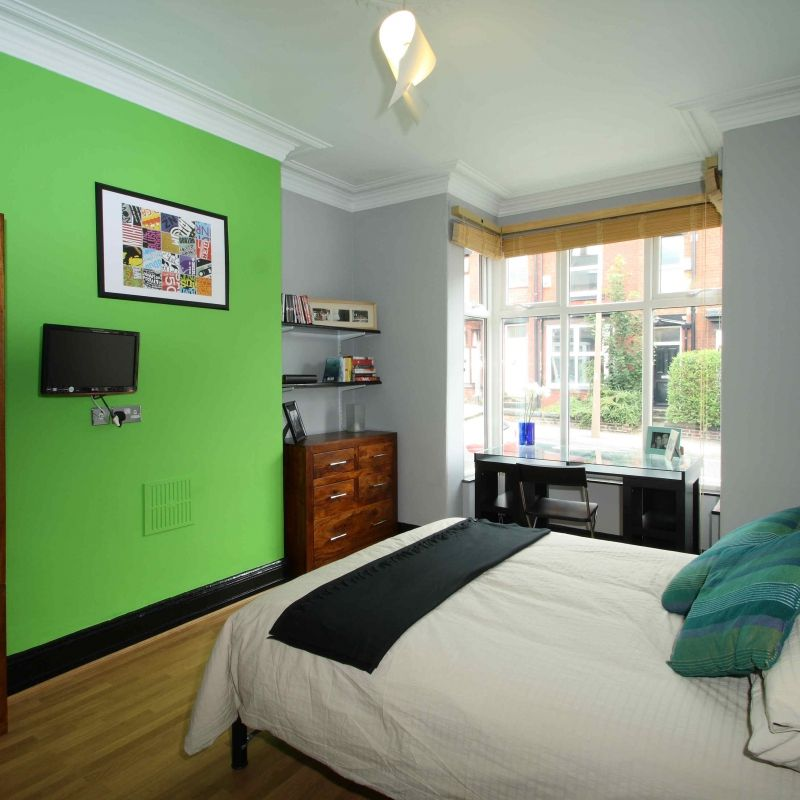 16 Norwood Place 5 Bedroom Leeds Student House