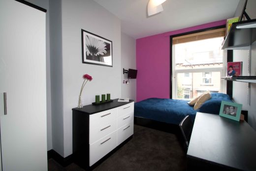 16 Norwood Place 5 Bedroom Leeds Student House bedroom 1