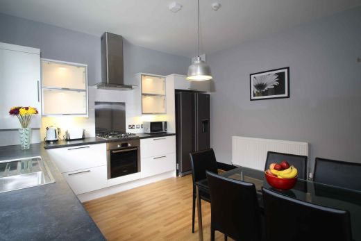 16 Norwood Place 5 Bedroom Leeds Student House kitchen
