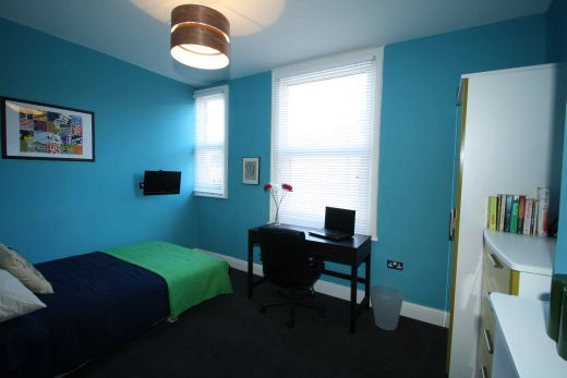 25 Brudenell View 5 Bedroom Leeds Student House bedroom 5